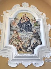 Svelato il pannello maiolicato di Santa Maria delle Grazie – video e foto –