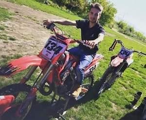 Oggi i funerali di Antonino Esposito morto nello scontro tra scooter