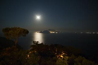 Snorkeling al chiaro di luna a Mitigliano