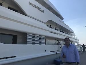 Nel golfo lo yacht di 80 metri della famiglia reale saudita