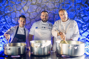 A Le Axidie silent disco e chef stellati