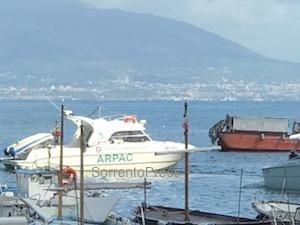 Un'app per conoscere la balneabilità del mare della Campania