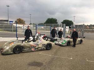 Giovani piloti della costiera in pista a Le Mans