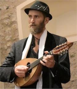 A Sant'Agnello musicisti da tutto il mondo per il campus di mandolino e chitarra