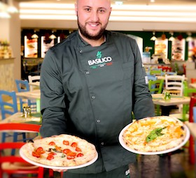 Da Sorrento alla Toscana per insegnare come fare la pizza fritta napoletana