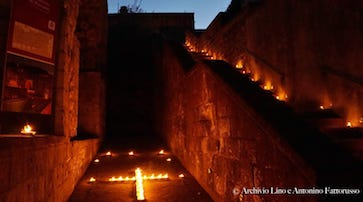 Inaugurata la mostra di foto della cinta muraria di Sorrento – foto –