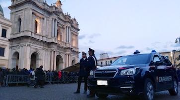 Troppo caos, il sindaco di Pompei vieta la movida. Sarà assalto ai locali di Sorrento e dintorni