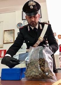 Sorpreso a Sorrento con quasi 400 grammi di droga, arrestato