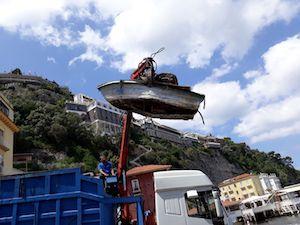 Bonifica fondali di Marina Grande a Sorrento, raccolte 3 tonnellate di rifiuti