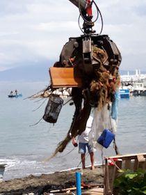 Rifiuti in mare, la concentrazione più alta nel golfo di Napoli