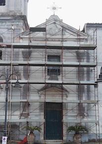 Riprende il restauro della facciata della chiesa della Lobra
