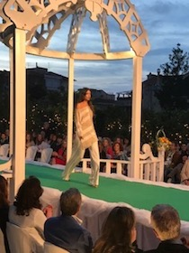 Grande successo per la sfilata di moda di Daniela Danesi a Villa Fiorentino