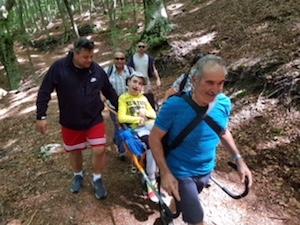 Gianluca visita il Faito grazie ai volontari di Pronti si Parte – foto –