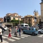 turisti-piazza-tasso