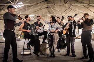 A Sorrento la Barcellona Gypsy Balcan Orchestra