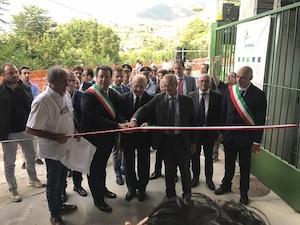 """De Luca inaugura il depuratore di Punta Gradelle: """"Ma non basta"""""""