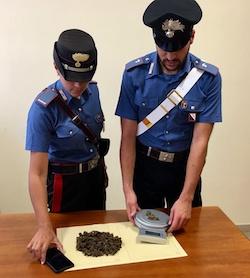 Pusher arrestato due volte in 4 mesi a Capri – foto –