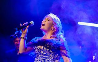 Questa sera a Villa Fiorentino il concerto di Francesca Maresca