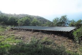 Abuso sul Monte San Costanzo, demolito dopo denuncia del Wwf – foto –