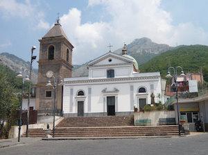 Morto don Raffaele Trombetta, ex parroco di Moiano di Vico Equense