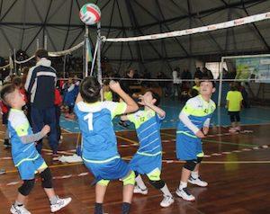 In costiera sorrentina opportunità per avvicinare i più piccoli allo sport con la Fly Volley