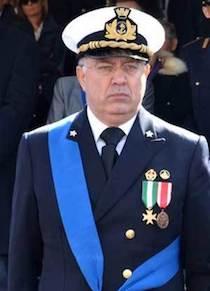 """L'ammiraglio Vella: """"Attenzione alla risorsa mare e contrasto agli scarichi fuorilegge"""""""