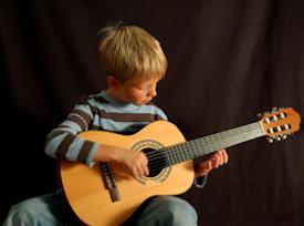 A Massa Lubrense corsi gratuiti di musica e danza popolare