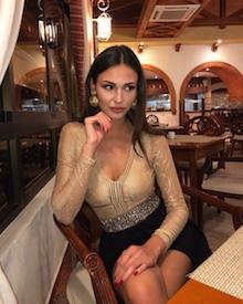 La stupenda Francesca Tizzano da Sorrento alla conquista di Cuba