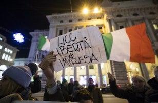 Protesta degli Ncc di Sorrento davanti a Palazzo Montecitorio