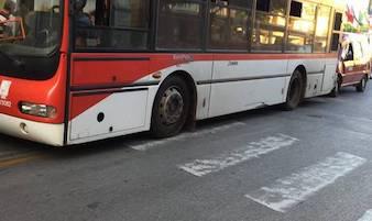 Una petizione per ripristinare la fermata dei bus in piazza Tasso