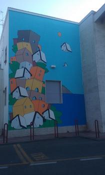 Nuovo look per la stazione di Sorrento grazie allo street artist Xel