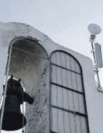Antenne sulla chiesa, residenti in rivolta a Massa Lubrense