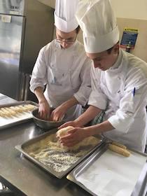 """Gemellaggio gastronomico in Trentino per gli studenti del """"San Paolo"""" di Sorrento"""