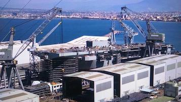 """A Castellammare il varo della """"Trieste"""" la più grande nave della Marina Militare, ordinanza della Capitaneria"""
