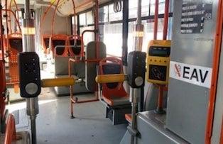 Arrivano i tornelli contro i portoghesi sui bus Eav