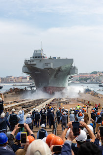 """A Castellammare il varo della """"Trieste"""" nuova ammiraglia della Marina – foto –"""