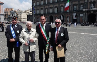 A Pietro Montefusco di Sorrento la medaglia d'onore alla memoria del Presidente Mattarella
