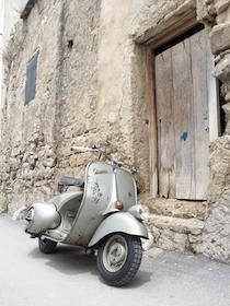 Nel weekend una marea di Vespa invaderà Sorrento e Capri