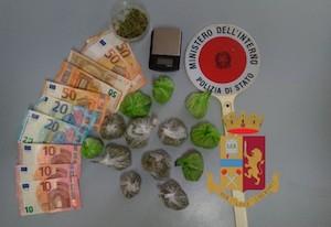 Pusher inglese 19enne arrestato a Capri – foto –
