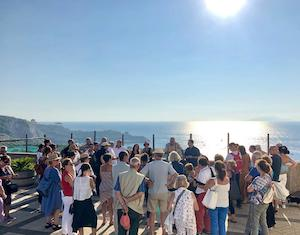 Grande partecipazione alla passeggiata alla Regina Giovanna – foto –