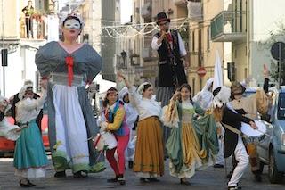 A Sorrento il Gran Ballo di Pulcinella e La Santa Allegrezza