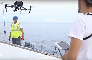 In costiera amalfitana la lotta alla plastica in mare si fa con droni e robot