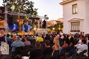Continua il successo della Summertime di Villa Fiorentino, i prossimi eventi