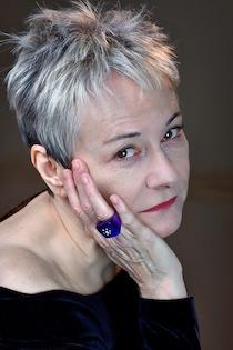 Alla Libreria Tasso di Sorrento presentazione del libro di poesie di Maria Grazia Grilli