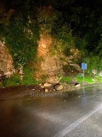 Maltempo: Frana sulla Sorrento-Massa Lubrense e chiusa la strada per Faito, evacuata famiglia a Sant'Agnello