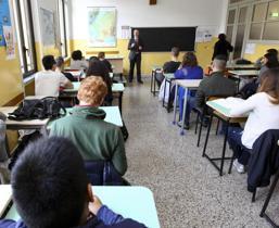 Il Tar Campania ordina il rientro in classe anche per le superiori