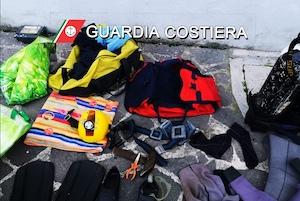 Pescatori di datteri nelle acque di Vico Equense, denunciati