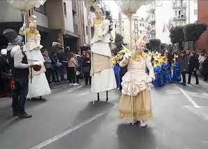 Domani sfilata di Carnevale nel centro di Vico Equense