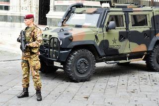 Troppa gente in strada, De Luca chiede altri 300 militari