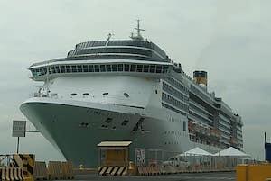 Decine di contagi tra equipaggio della Costa Atlantica in Giappone